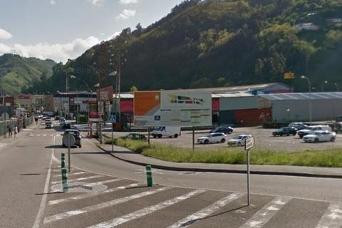 Federación de Polígonos Industriales de Asturias - PROBLEMAS DE INSEGURIDAD EN EL POLÍGONO VEGA DE ARRIBA - Federación de Polígonos Industriales de Asturias