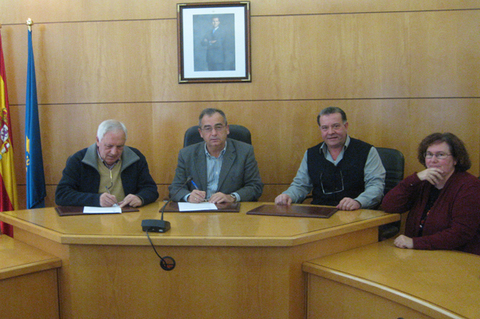 Federaci�n de Pol�gonos Industriales de Asturias - ACUERDO DEL AYUNTAMIENTO DE CARRE�O Y APTABAZA - Federaci�n de Pol�gonos Industriales de Asturias