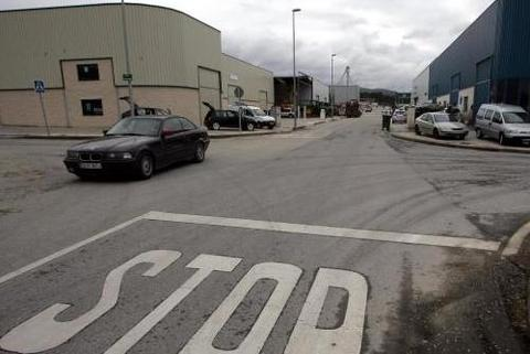 Federación de Polígonos Industriales de Asturias - EL POLÍGONO DE BARRES MAS CERCA DE LA AUTOVÍA - Federación de Polígonos Industriales de Asturias